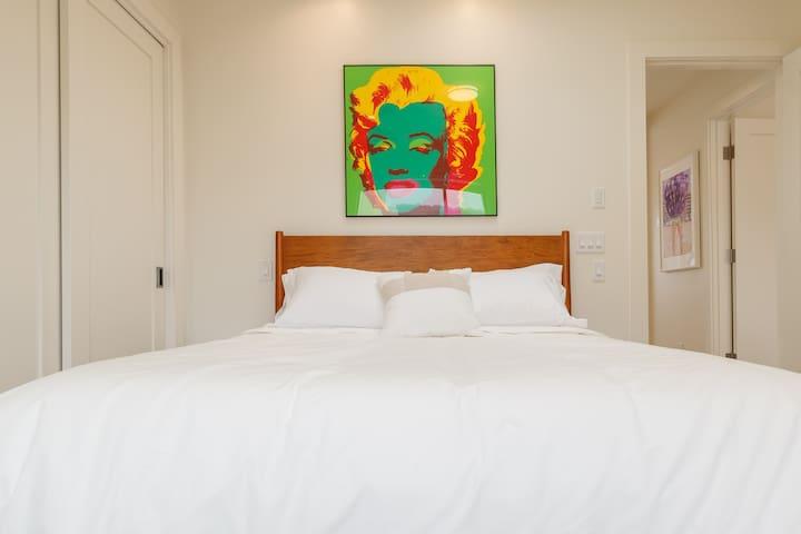"""""""Marilyn"""" Bedroom with Queen Bed"""