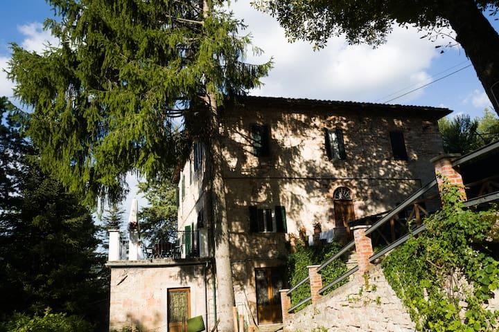 VILLA AUGUSTA - Fiastra - Villa