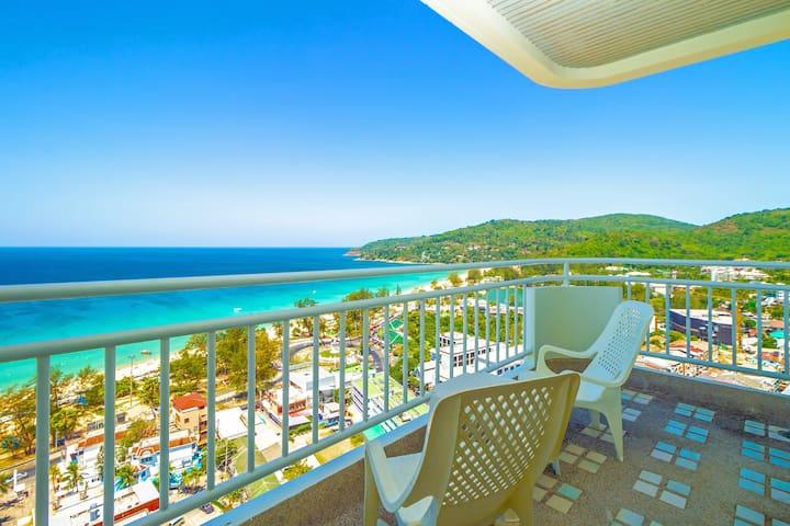 Waterfront suites 20层普吉岛最高海景公寓 楼下就是卡伦海滩 包水电 可订中文司机