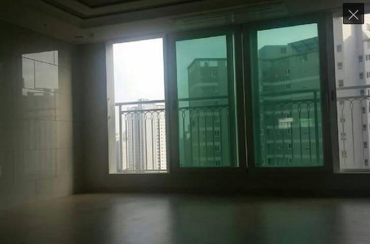 세종시 39평 아파트 방2개+거실+주방 - 연기군 - Apartment