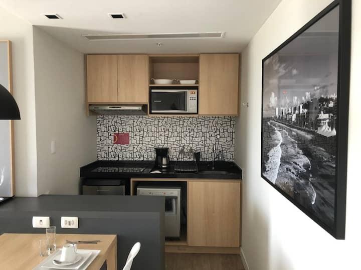 Quarto e sala  no Mondial Apart hotel, 19 andar
