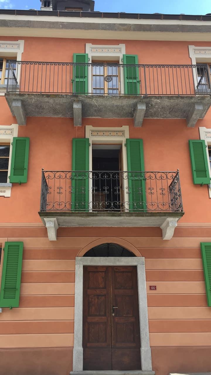 Privatzimmer in historischem Künstlerhaus