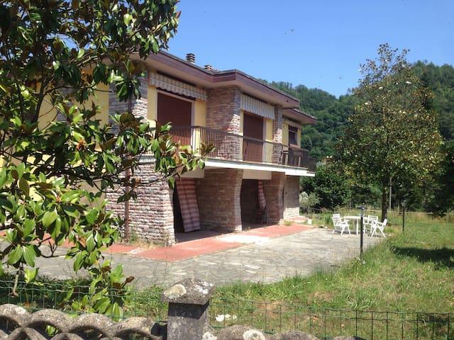 casa privata vicino alle 5 terre - Padivarma - Huis