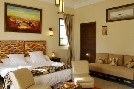 Chambre d'hôtes Ivoire à Marrakech - Marrakech - - Bed & Breakfast
