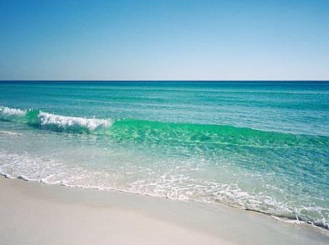 COMFY IN PARADISE. Walk 2 the beach - Sunny Isles Beach - Lägenhet