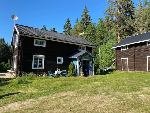 Fin Dalagård nära Kläppen och mitt i naturen