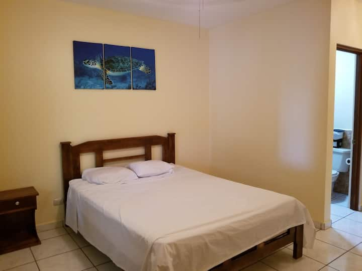 50 mtrs from Playa Hermosa beach - 1 double bed
