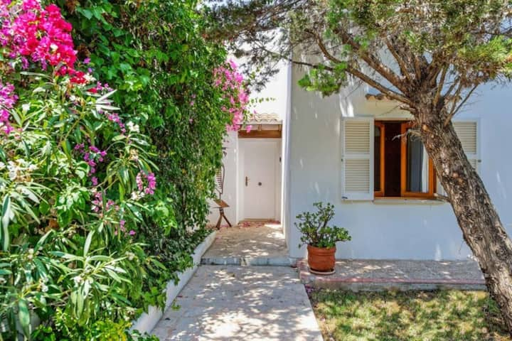 Punta des Port B15, 3 bed villa with private pool