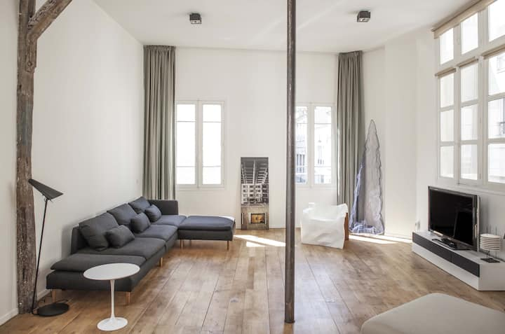 Modern and spacious loft design.