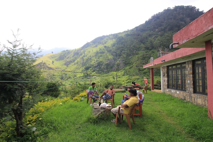 Misty Mountain Lodge, Ohiya (Trekking Lodge) - Ohiya - Oda + Kahvaltı