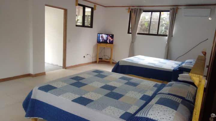 Hotel el Congo - Quadruple w/ Kitchen & ext bath