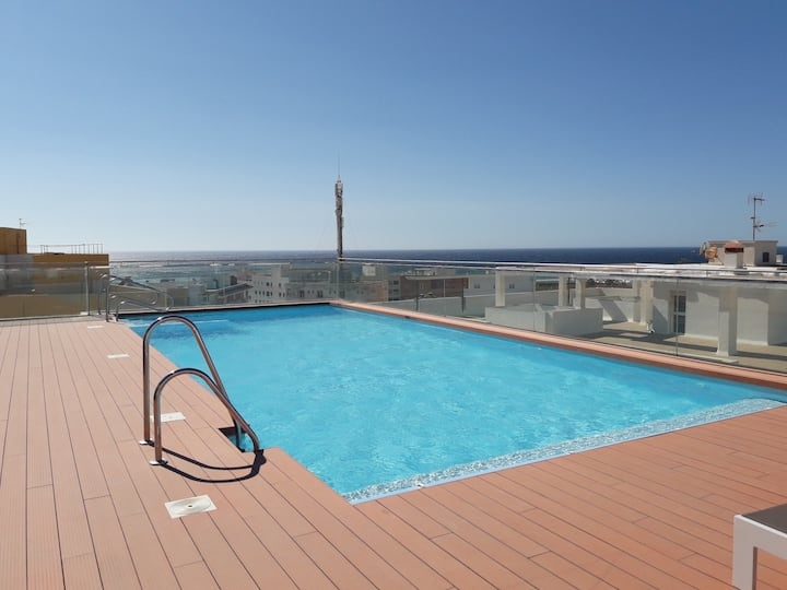 Laduna Luxury apartment, 2 bedrooms, parking, pool