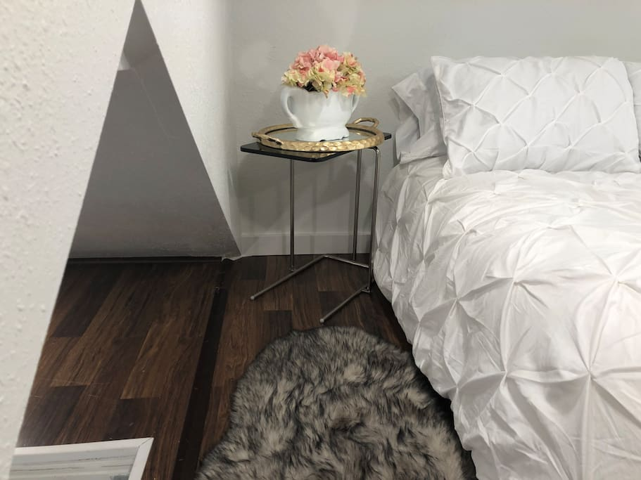 Check out the Loft! Dreamy! It does not have standing room...but still has plenty of space when sitting up in bed :). The mattress is super soft and comfortable! Clean white bedding! Quiet and peaceful!
