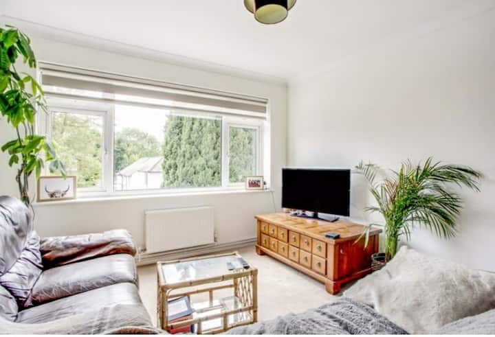 Beautiful 2 Bedroom Flat in Chesham.