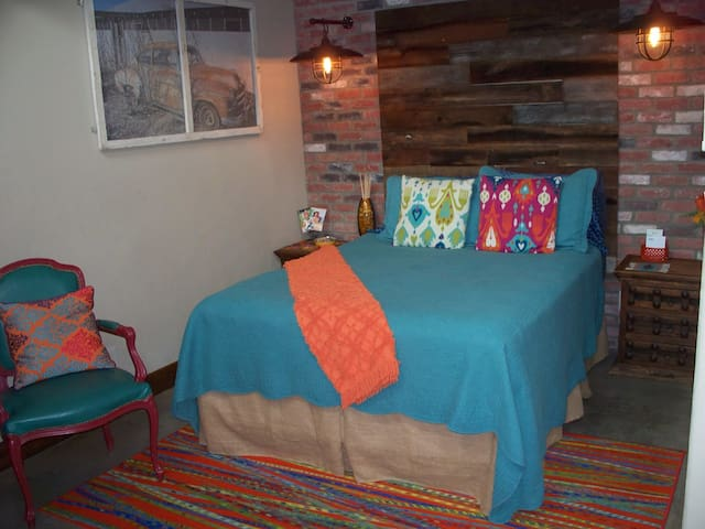 Comfy Queen, Reclaimed handmade headboard, Warehouse Lighting,  Personal thermostat for air/heat
