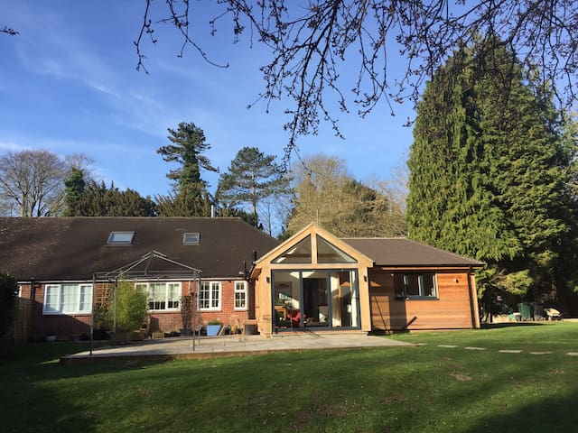 A lovely home and garden in Chilham, nr Canterbury - Chilham