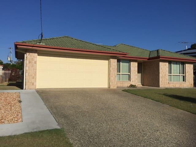 Bribie Islands instant holiday home