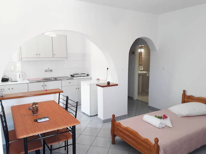 Armonia Rooms Maria Portokali 2
