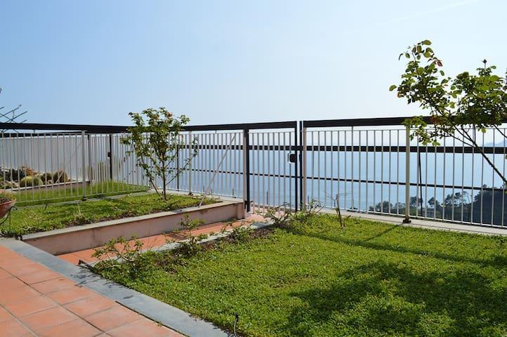 Casa Ughetta, giardino sul mare! - Zoagli - Lägenhet