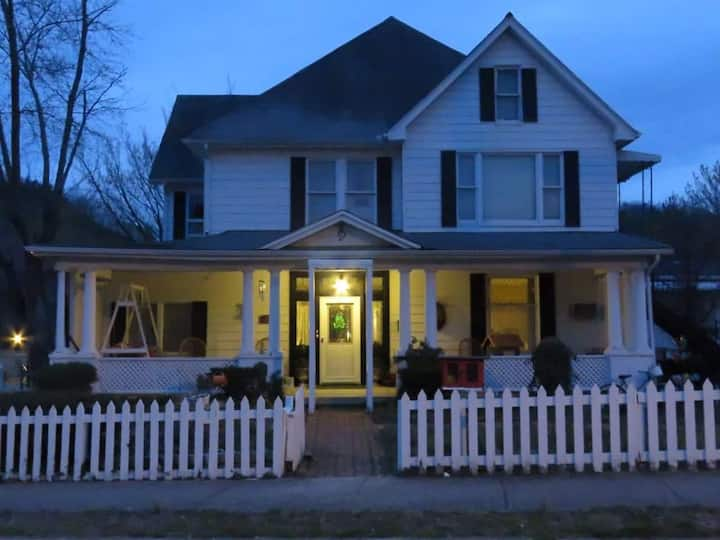 Harmony House Bed & Breakfast