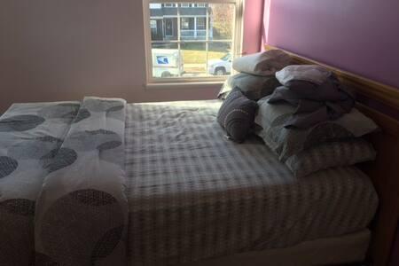 Beautiful bedroom in Westerville, Ohio - Westerville