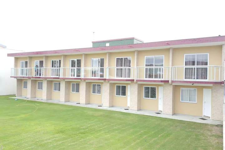 Apartamento pousada, 40 metros mar, Ar cond. (Nº2)