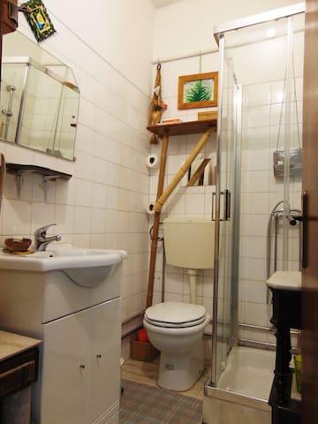 WC Secundário