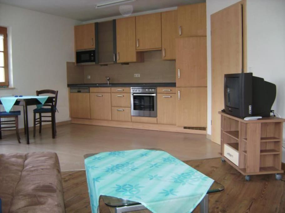 Wohn- Esszimmer mit der Küche
