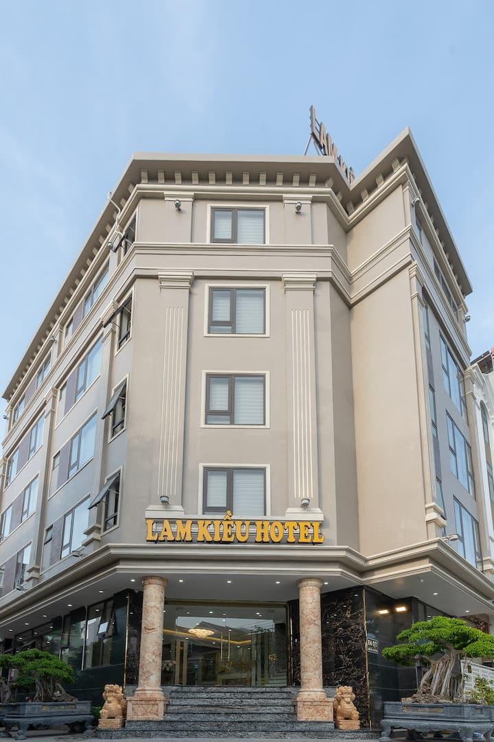 Lam Kieu Hotel - Luxury and Kindness