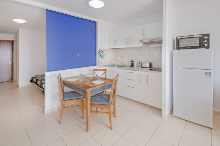 full equipped kitchen / cocina totalmente equipada / cocina totalmente equipaggiata