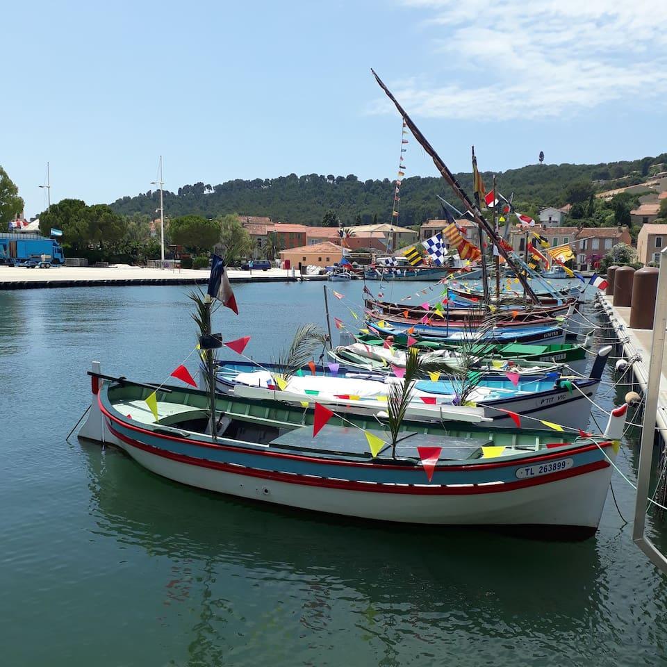 St Mandrier le port
