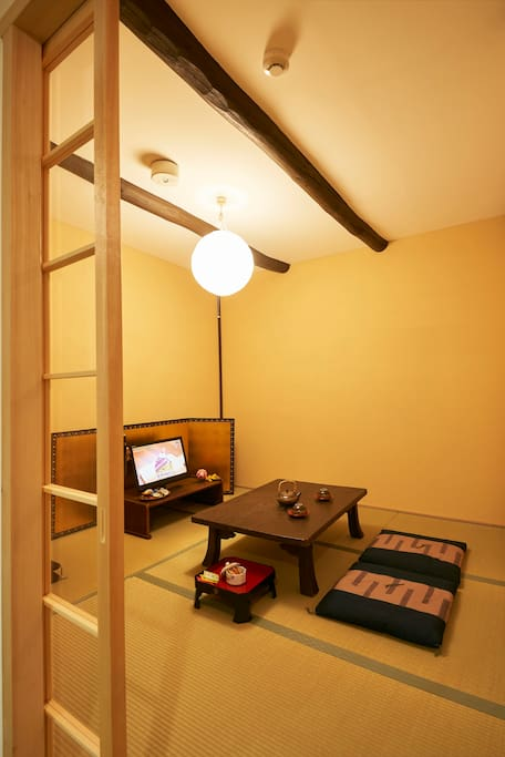 Tatami mat room on the first floor. 一階の和室