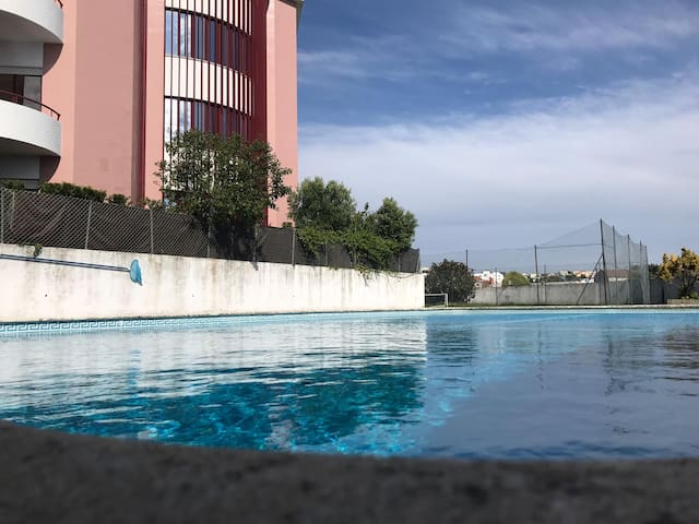 1Beach, Pool and Tennis 10min. downtown Porto