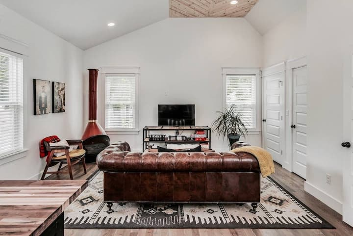 The stylish minimalism of this trendy rental makes it one of the best Nashville Airbnbs