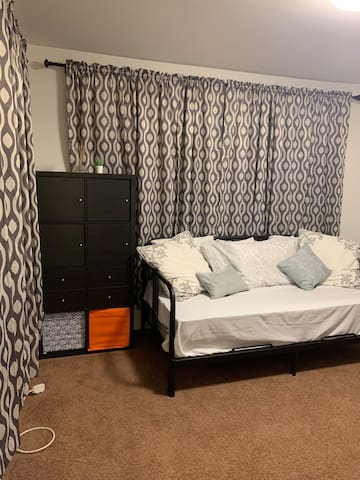 Private room right in downtown Morristown