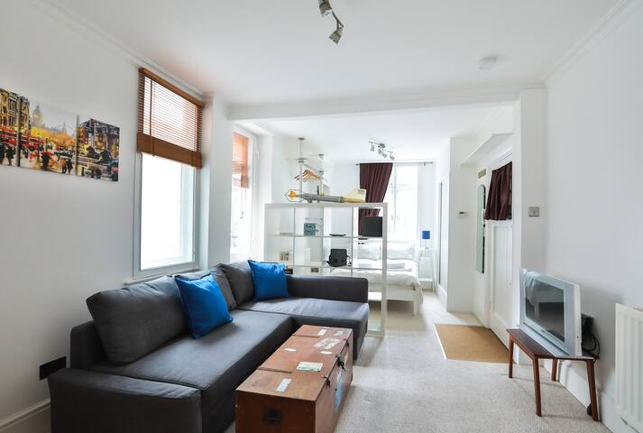 Amazing Apartment by Victoria Station (5 mins) - Londres - Apartamento
