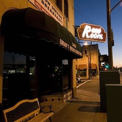 The Reno Room bar is just two blocks away! Check out Coco Renos next door for good Mexican food