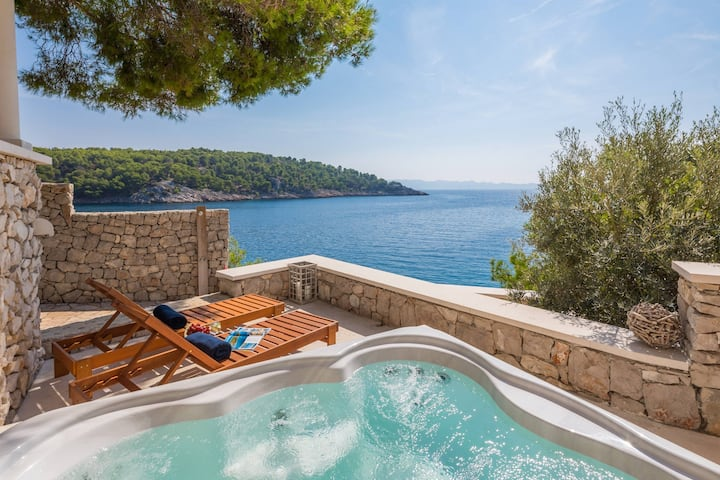 Villa Al mare,  Croatia Luxury Rent