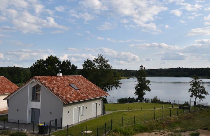 Luxus-See-Domizil mit Sauna, Kamin und Boot- 130m²