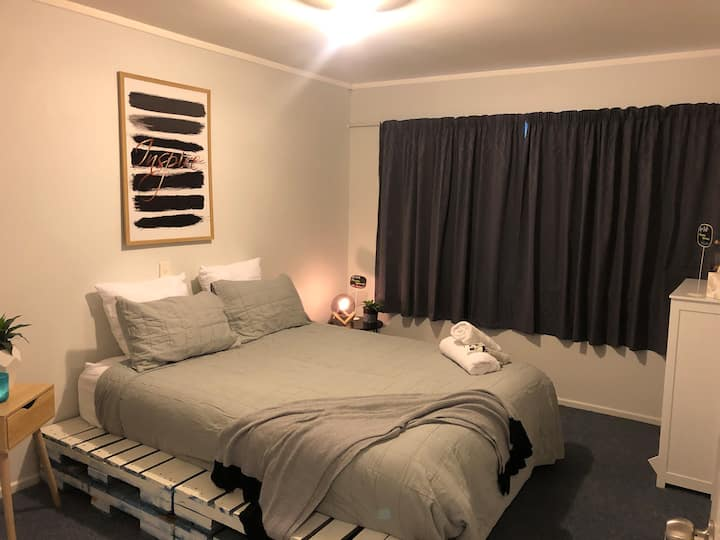 Prime location, double size modern room.