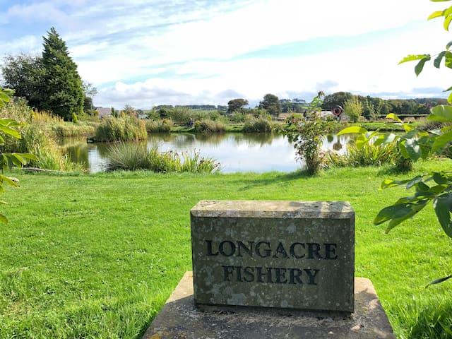 Longacre Fishery and Accommodation