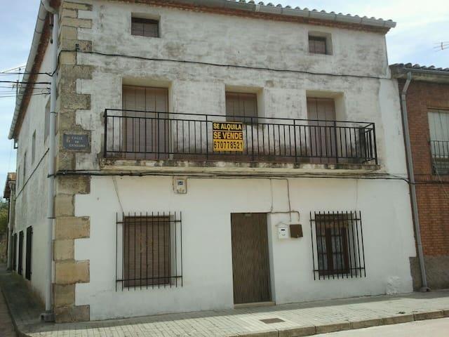 casa en zona rural pueblos negros - Tamajón - Casa
