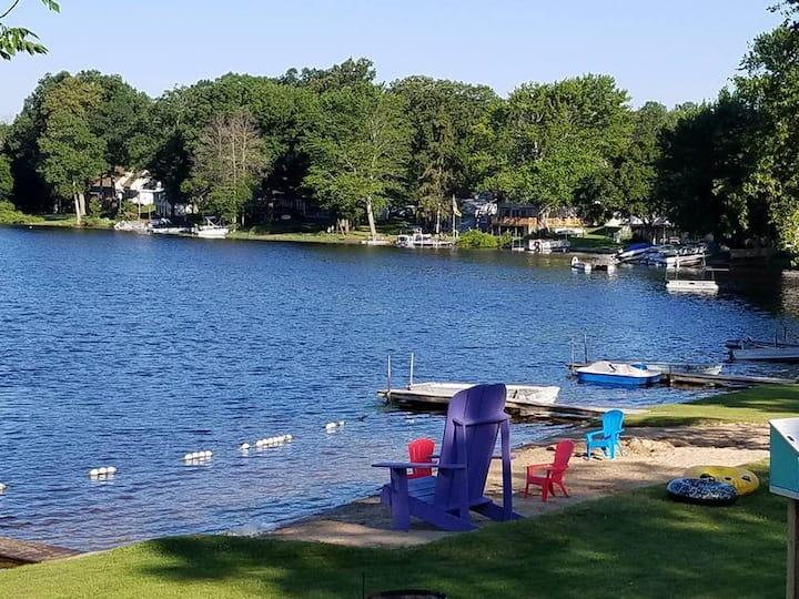 Lakefront cottage rentals - Sunset Shores Cottages