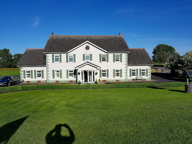 Meadowlands Luxury Guesthouse