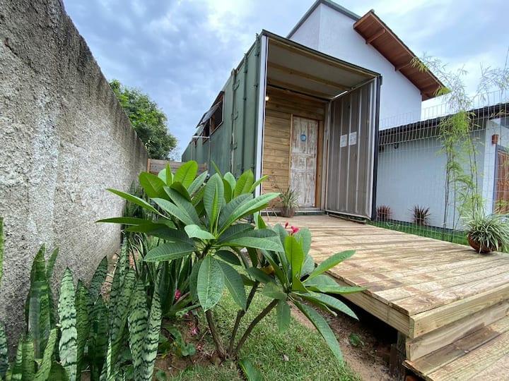 Casa Container - Próxima à Praia