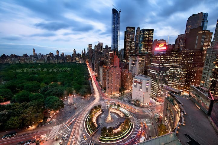 Columbus Circle in the heart of Manhattan is only 2 subway stops away from the building.