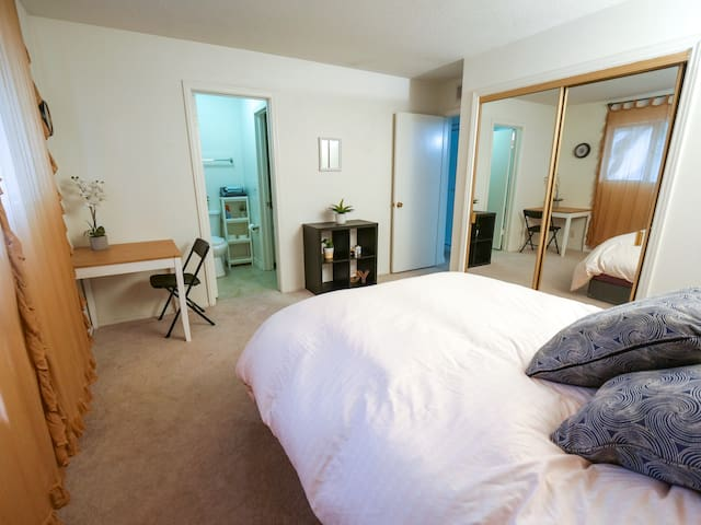 The Valley Loft