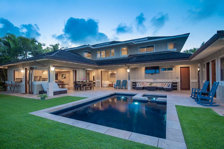 Kailua Wai Hideaway 5 Bed 4.5 Bath Waterfront Home