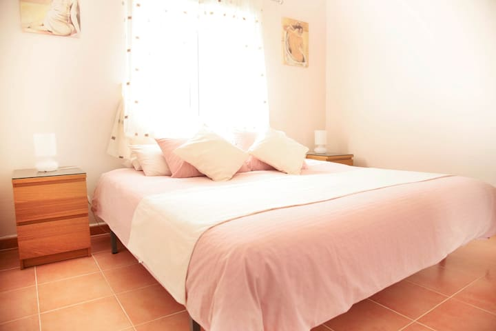 Casa Lanjaron Bed & Breakfast