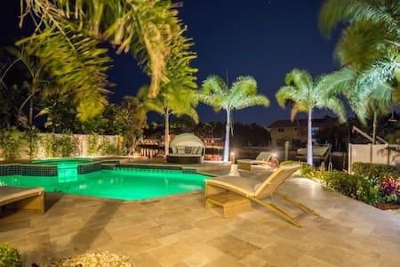 Villa Lara - Delray Beach